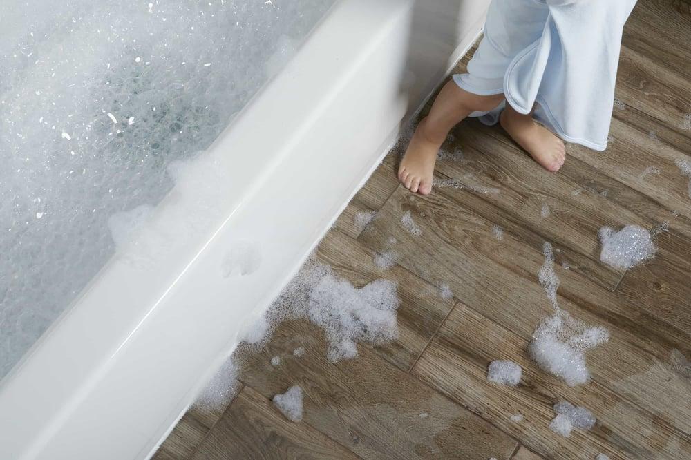 bathroom-feet-1